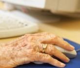 Usare-il-computer-per-migliorare-la-memoria-negli-anziani-500x424